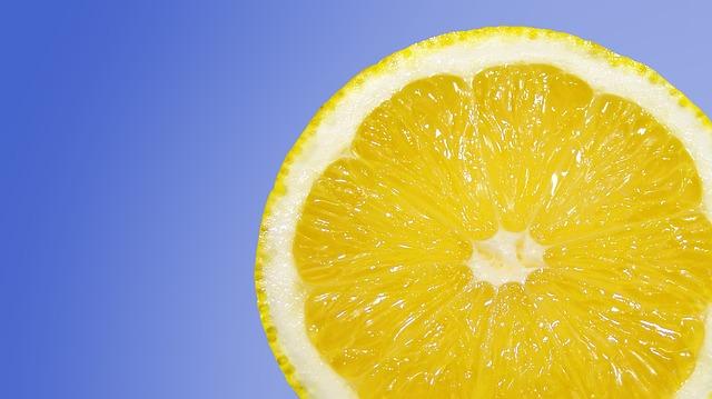 citron na modré