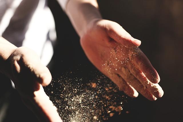 částečky prachu