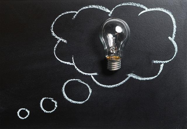 znázornění nápadu pomocí žárovky